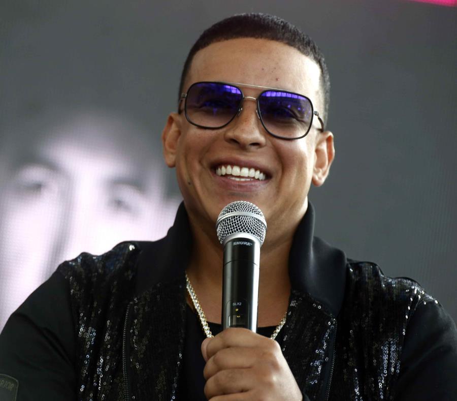Daddy Yankee ofrecerá presentación en español en programa americano