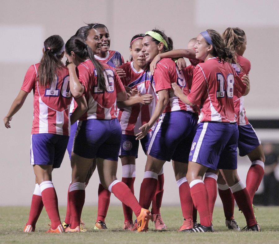 La Selección femenina cayó 3-0 en el primer amistoso del sábado contra Argentina, pero empató a un gol por bando en el segundo partido. (GFR Media) (semisquare-x3)