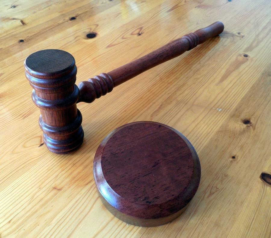La magistrada denegó la petición de fianza después de escuchar el relato de las alegaciones de la fiscal federal María Montañez sobre los riesgos de fuga. (semisquare-x3)