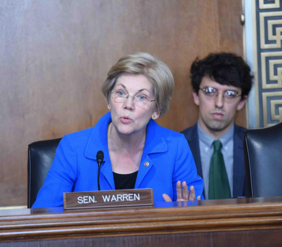 La senadora Elizabeth Warren es una de las congresistas que ha liderado el reclamo en el Congreso a favor de la creación de una comisión independiente. (GFR Media) (semisquare-x3)
