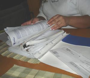 A eliminar las burocracias y gastos