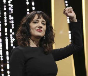 La actriz Asia Argento alza la voz contra Harvey Weinstein en Cannes