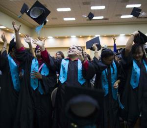 Trucos de éxito para recién graduados en busca de empleo