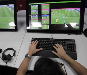 La FIFA elogia los arbitrajes y el uso del VAR en el Mundial