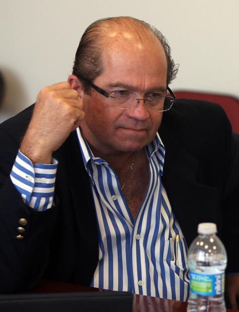 El exsecretario de Justicia, José Fuentes Agostini, indicó que sería un desperdicio de recursos federales implementar todas las ayudas federales que se han hecho disponibles sin encaminar a Puerto Rico hacia la estadidad. (GFR Media) (vertical-x1)