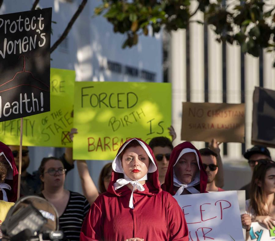 Los detractores anunciaron que impugnarán la ley en tribunales si es promulgada. (The Montgomery Advertiser via AP/Mickey Welsh/) (semisquare-x3)