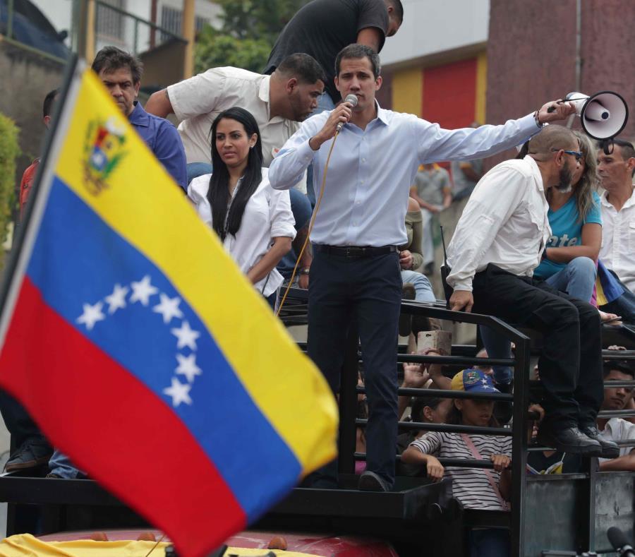 Juan Guaidó pronunció un discurso este sábado, en Carrizal, estado de Miranda. (EFE/ Rayner Peña) (semisquare-x3)