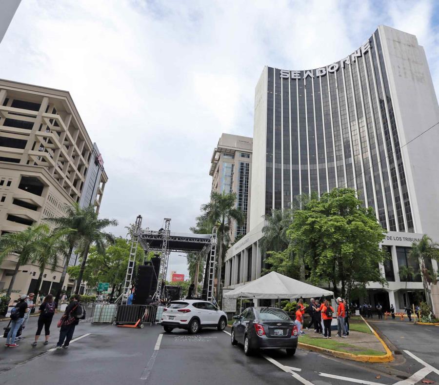 La AFI desiste de demanda contra estudiantes de la UPR (semisquare-x3)