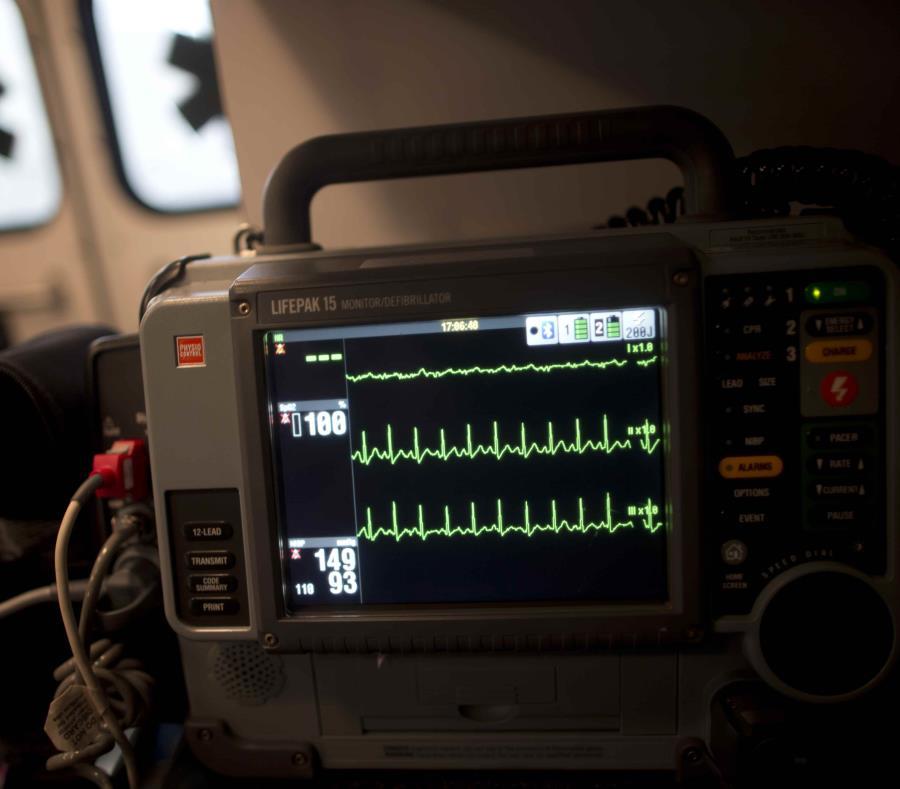 El único sobreviviente que viajaba en el Honda, fue un un niño que tuvo que ser hospitalizado en estado crítico por las heridas recibidas. (semisquare-x3)
