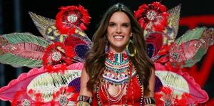 Victoria's Secret celebra su desfile anual en China