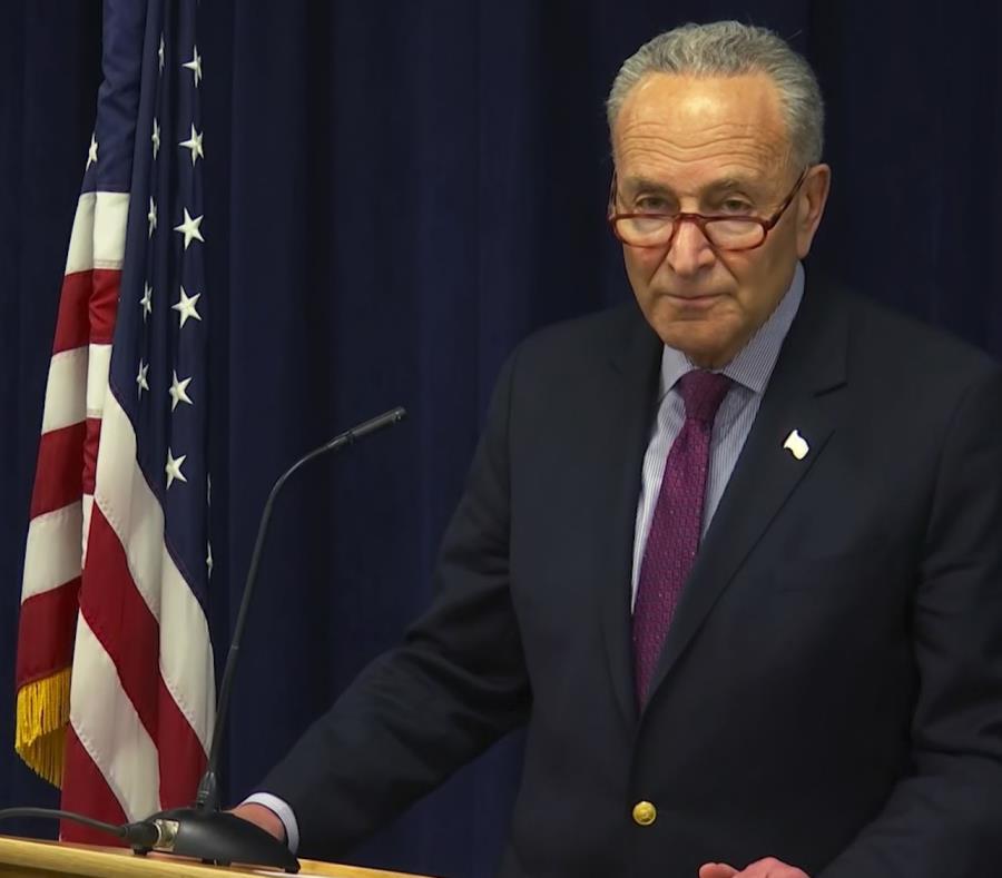 El líder demócrata del Senado, Charles Schumer (semisquare-x3)