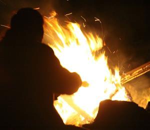 A repudiar la quema de ramas y troncos