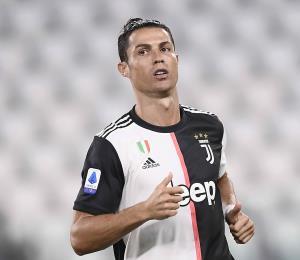 Cristiano Ronaldo recupera sus superpoderes en la goleada del Juventus