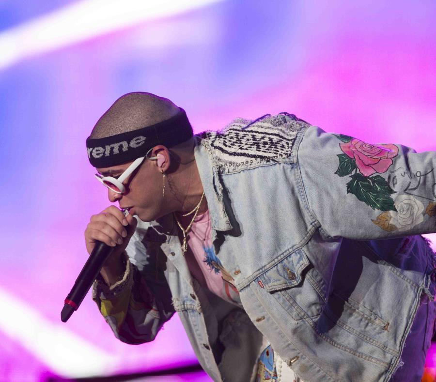 El cantante puertorriqueño Bad Bunny se presenta en el Festival Presidente. (EFE) (semisquare-x3)