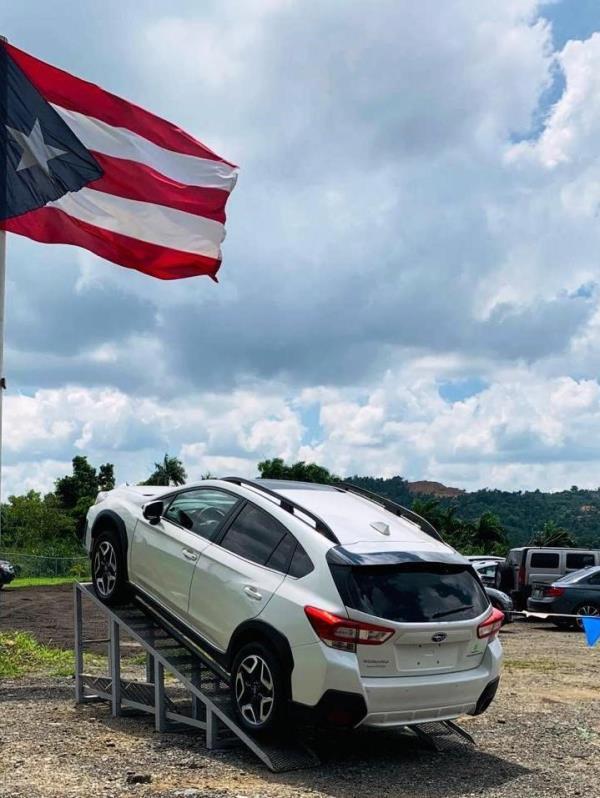 El evento realizado en Guaynabo demostró las habilidades sobre y fuera del pavimento de los modelos de Subaru. En la foto la SUV Outback. (Suministrada)