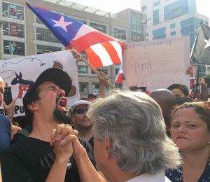 Lin-Manuel Miranda se une a manifestación en Nueva York para exigir salida de Rosselló