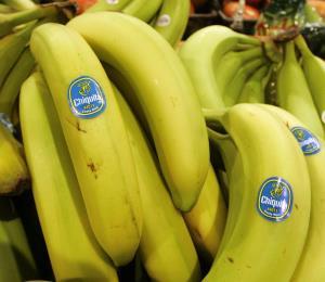 Bananas donadas a cárcel en Texas tenían cocaína en su interior