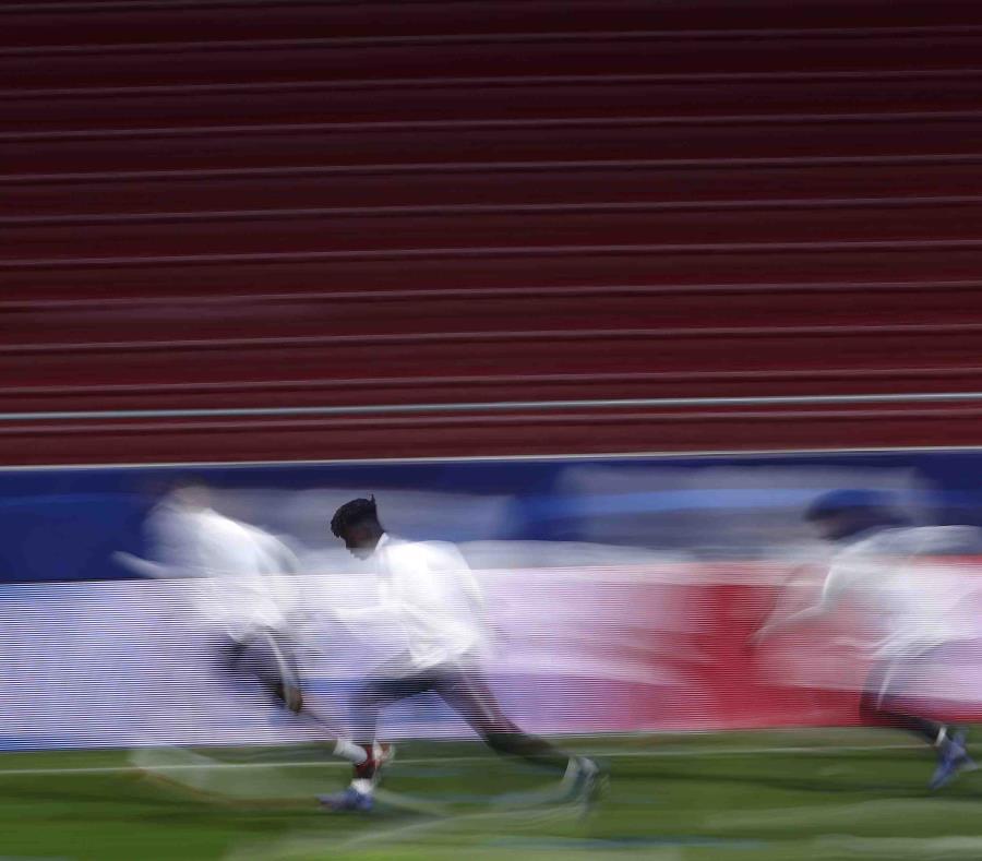 Jugadores del Mónaco durante un entrenamiento en el estadio Wanda Metropolitano de Madrid, España. (semisquare-x3)