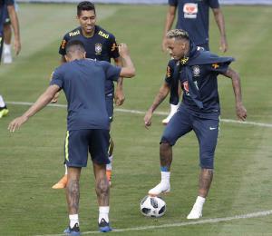 Brasil afirma que Neymar está listo