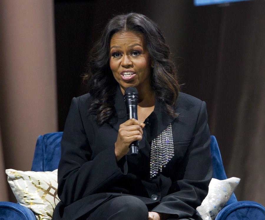 Michelle Obama, exprimera dama. (semisquare-x3)