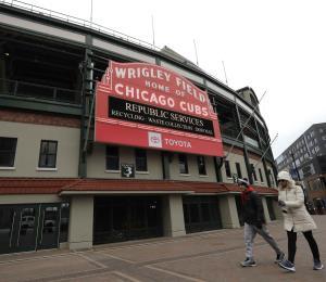 Dos empleados de los Cubs de Chicago arrojan positivo al coronavirus